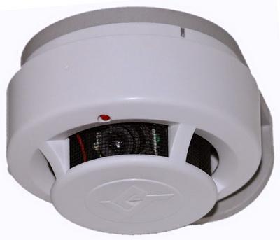Пожарный датчик со скрытой видеокамерой